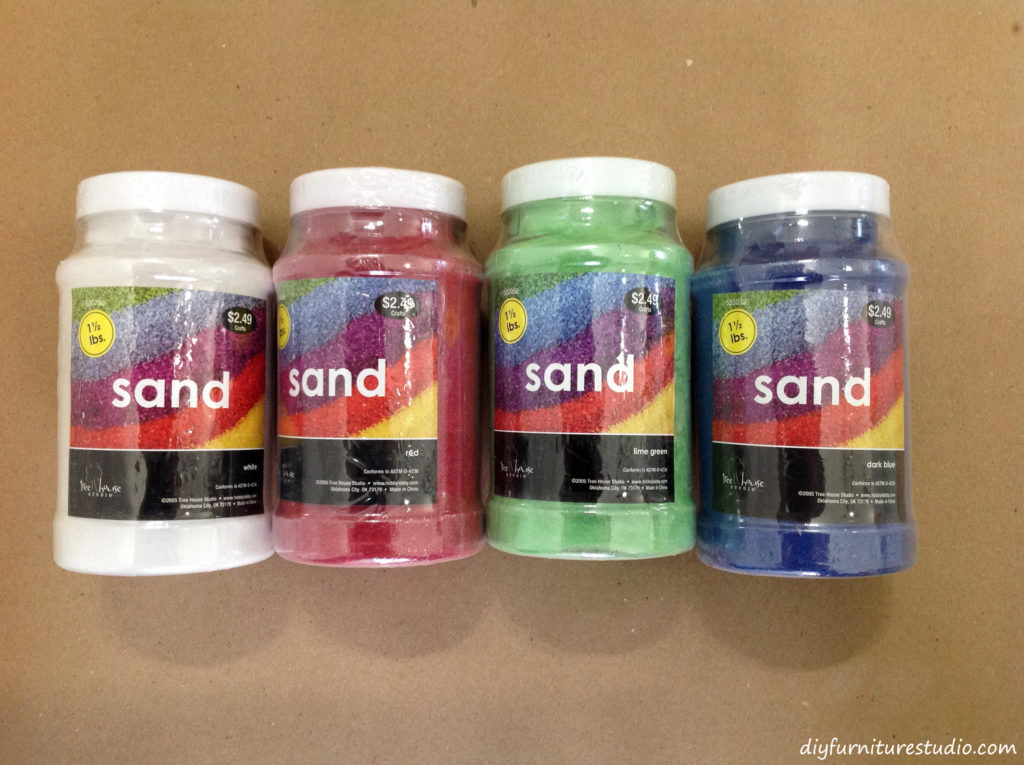 Using colored sand to make tinted concrete.